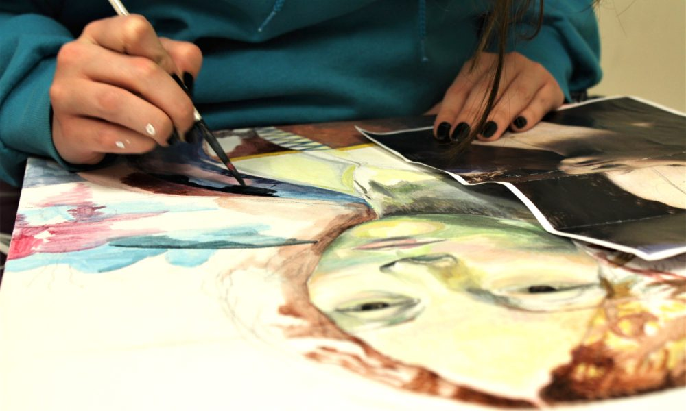 Iraqi Researchers Use Art to Help Sexual-Violence Survivors